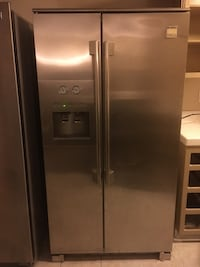 Stainless steel Kenmoore Pro Refridgerator Long Beach, 90805