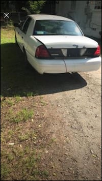 Ford - Crown Victoria - 2003 Macon