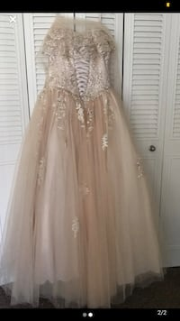 Quince dress Greenbelt, 20770