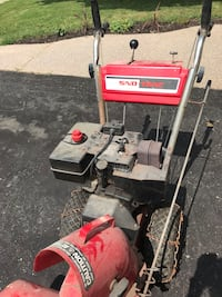 Vintage heavy duty snowblower Milton, L9T 4J6