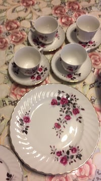 20 piece set 2-extra plates and 2-serving dishes  Edmonton, T5V 1E6