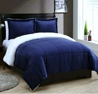 Beautiful Navy King Size Micro Mink Comforter Set  Aurora, L4G 6T5