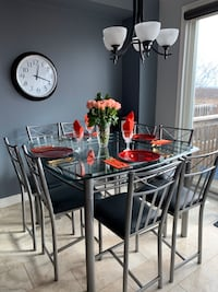 Kitchen/Dining Room Table Oakville, L6M 4W2