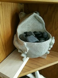 Decorative bowl with river rocks