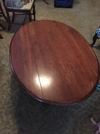 round brown wooden coffee table New Orleans, 70121