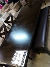 Wood table Shreveport, 71107