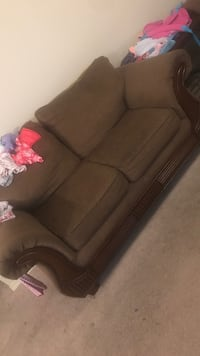 Couch Set (one broken leg) Irondale, 35235