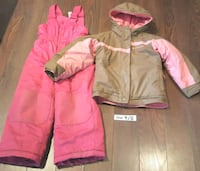 Girls 4/5 Snowsuit  Hamilton, L8V 4E9