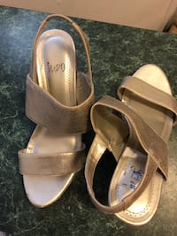 Ladies heels size 8 Delray Beach, 33444