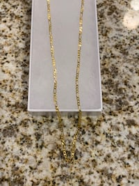 Gold Figaro necklace 26in length new in the box