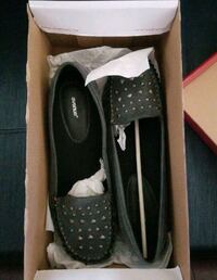 LADIES CASUAL LOAFER STYLE SHOES BY AVENUE  Miami, 33137