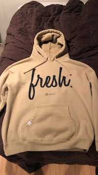 22 Fresh light brown hoodie (M XL) Regina, S4X 1H3