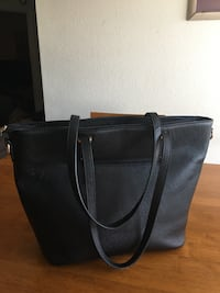 Ladies Black Spacious Purse Kissimmee, 34741