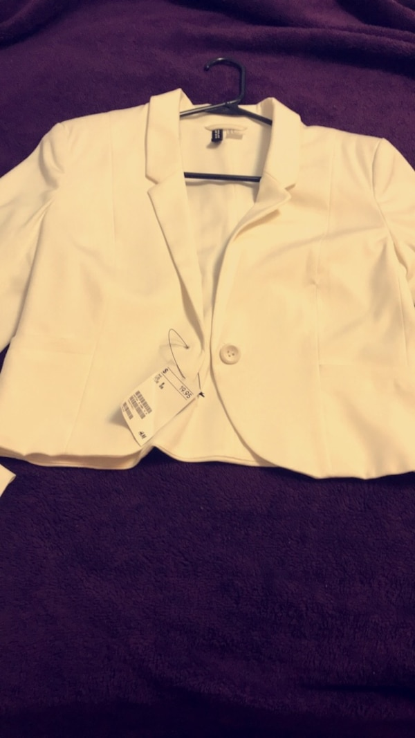 Used White And Black Button Up Shirt For Sale In Yakima