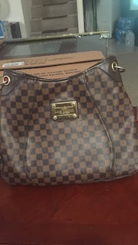 damier ebene Louis Vuitton leather handbag Hyattsville, 20785
