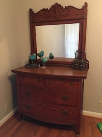 Antique dresser with original mirror Chapin, 29036