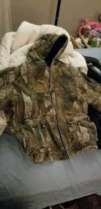 brown and black camouflage zip-up hoodie Gresham, 97030