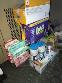 Baby diapers and wipes Houston, 77051