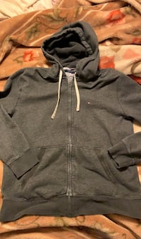 Tommy Hilfiger hoodie Des Moines, 50309