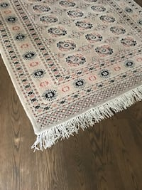 Wool carpet neutral color Toronto, M2R 2T4