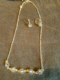Necklace and ear rings Evans, 25241