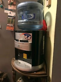 gray and black hot and cold water dispenser Anaheim, 92801