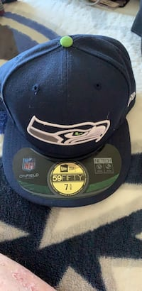 Seattle Seahawks New Era 7 5/8 Fitted Hat New Westminster, V3M 2N2