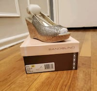 Bandolino open to Wedge shoes