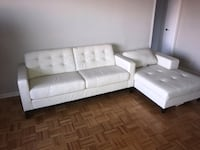 white leather tufted sectional sofa Toronto, M6C 2M9