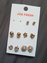 five pairs of stud earrings North Bay, P1B 6A1