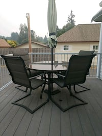 Patio table & chairs Bremerton, 98311