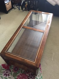 Antique coffee table with removable glass top Summit, 07901