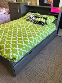 New Gray Full Size Bed Louisville, 40243