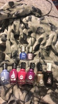 Sally hansen Miracle gel nail polish ! Winnipeg, R2W 1G1