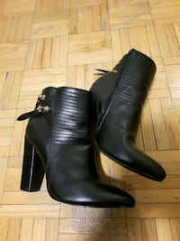 Black Ankle Heel Boots!!!