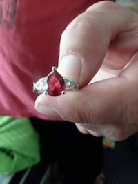 silver and red gemstone ring Hastings, 68901