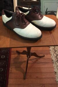 Vectra golf shoes 9.5....::$$15 like nee Vienna, 22180