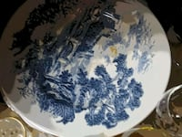 white and blue floral ceramic plate Dresden, 38225