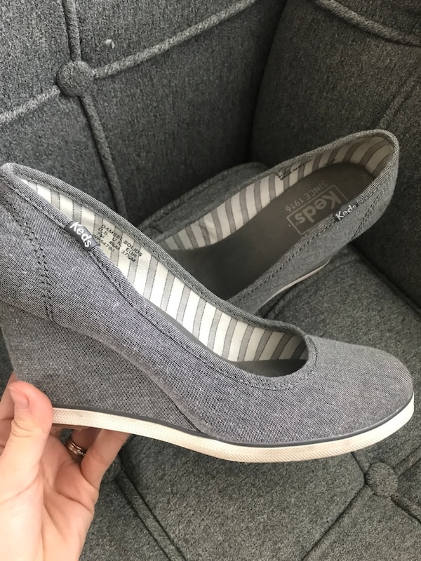 054f634fce2 Used Keds women s damsels size 7 wedge heels for sale in Mississauga - letgo