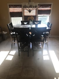High top dining table and chairs East Longmeadow, 01028