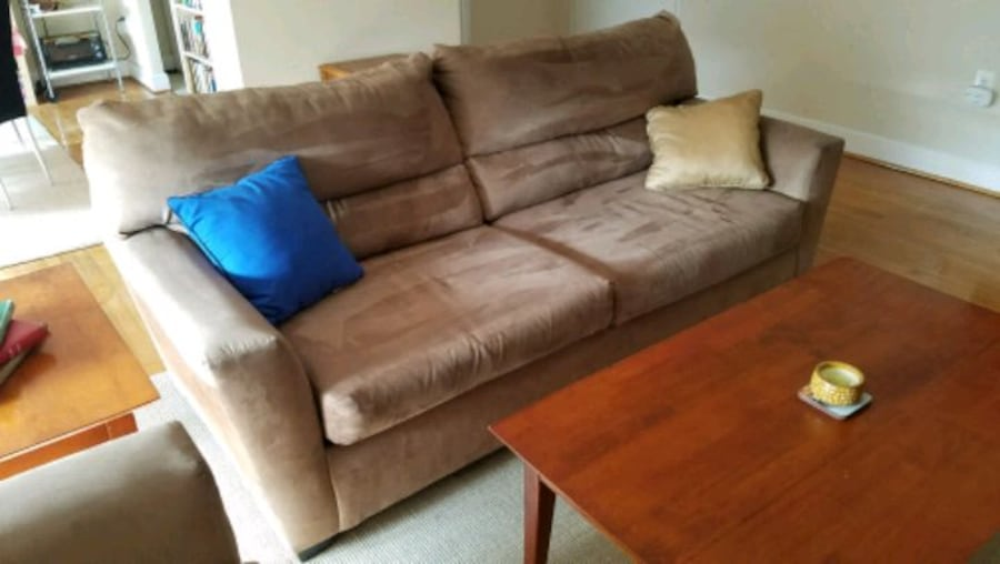 Microfiber Couch and Loveseat d0259d3a-49cf-48c7-b724-9f0c99a415a8