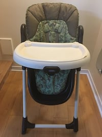 High chair GRACO like new  Laval, H7H
