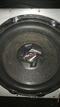15 in subwoofer in a box  South Bend, 46601