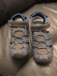 Very good condition Sandals for Kids Gatineau, J8T 1Y1