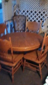brown wooden windsor chair with table Lancaster, 93536