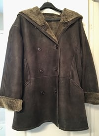 Shearling Coat Size XL Oakville, L6M 3S8