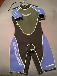 Wetsuit L - Condition is new.