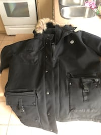 Xl vw waterproof jacket  Vaughan, L4H 1N9