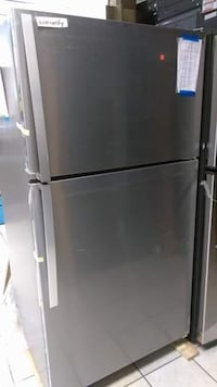 "Brand New 33"" Whirlpool 20.5 Cu Ft Top and Bottom Refrigerator (Scratch and Dent) Elkridge, 21075"