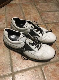 Golf shoes size 10 Montréal, H3S 1H3